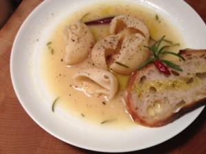 Paccheri in zuppa toscana con spezie mediterranee