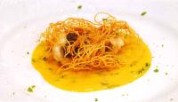 カッペリーニで包んだ真鯛 カボスのブロデタッートソース  Paguro avvolto in capellini in salsa di kabosu